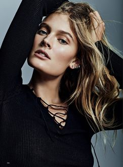 ���� ������ Constance Jablonski / �������� �������� � ���������� ������� Air France Madame, �������� Alique / ����