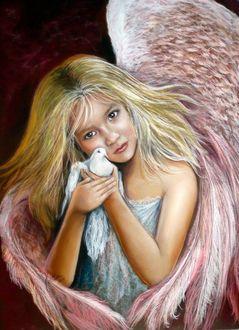 Фото Девочка - ангел с голубем в руках