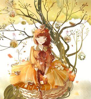 Фото Девушка сидит на дереве, ветки которого украшены шариками, by Yonccoo