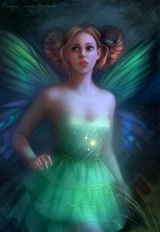 Фото Девушка-бабочка с грустными глазами