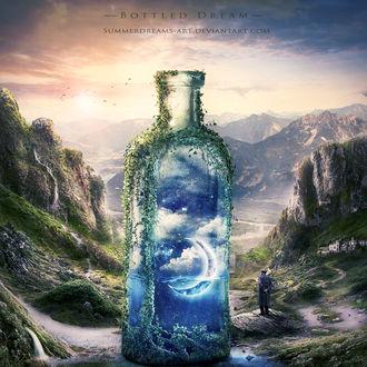 Фото :Старик стоит возле огромной бутылки с изображением в ней в голубых тонах природы, by SummerDreams-Art