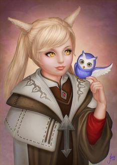 Фото Маленькая светловолосая девочка с совой на плече, by JuneJenssen