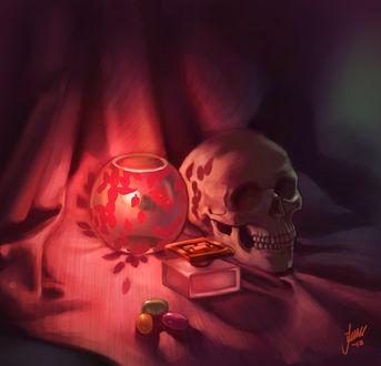 Фото Горящая свеча рядом с черепом и духами, by JuneJenssen