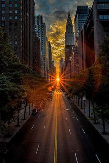 Фото Яркое солнце среди высотных домов, by Alexander Marte Reyes