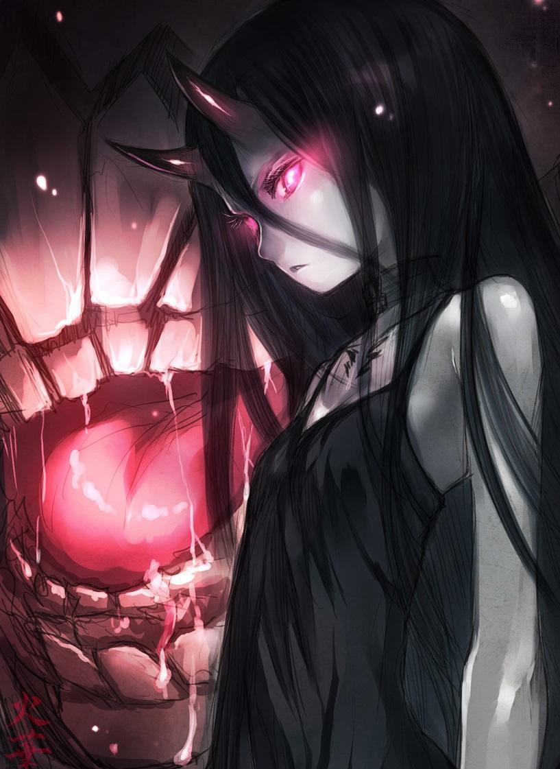 Фото Девочка демон стоит около большого рта