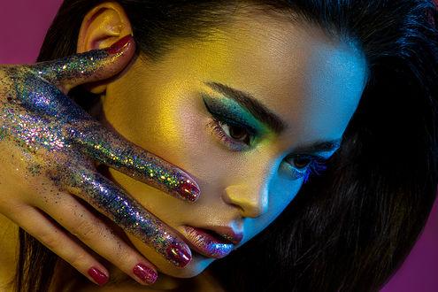 Фото Девушка с яркм макияжем, фотограф Irella Konof