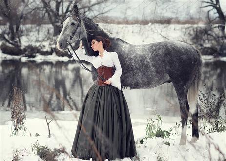Фото Девушка стоит рядом с лошадью, фотограф Margarita Kareva