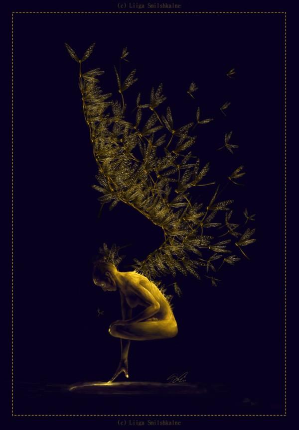 Фото Девушка с крыльями из стрекоз парит в воздухе, на ...