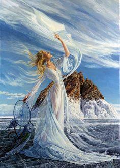 Фото Светловолосая девушка в прозрачном легком платье, с ловцом снов в руке, стоит у моря, подняв руку вверх, художник Георгий Инешин