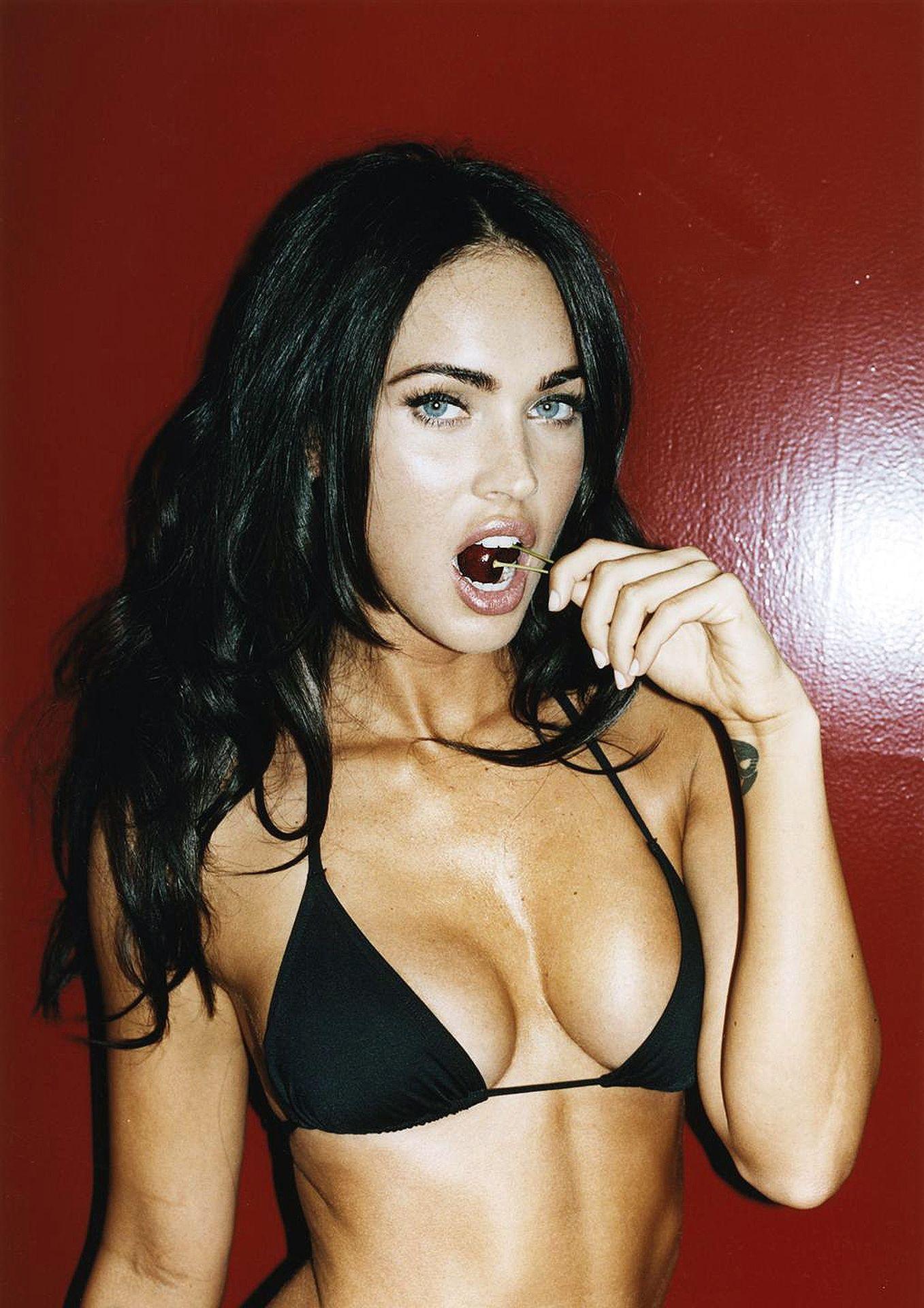 Сексуальные знаменитостей фото @ m1bar.com