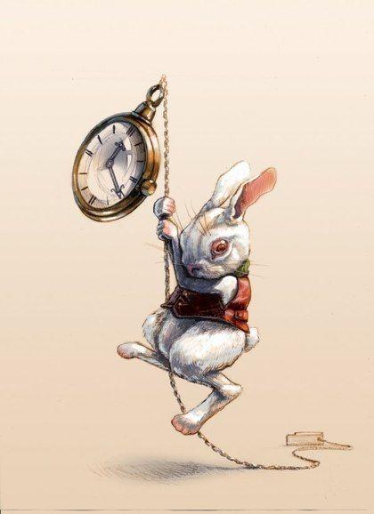 Фото Кролик висит на цепочке карманных часов, Всегда опаздывающий белый кролик / The White Rabbit с часами, Алиса в стране чудес / Alice in Wonderland