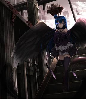 Фото Тсушима Ёшико / Tsushima Yoshiko из аниме Живая любовь / Love Live в образе падшего ангела спускается по лестнице