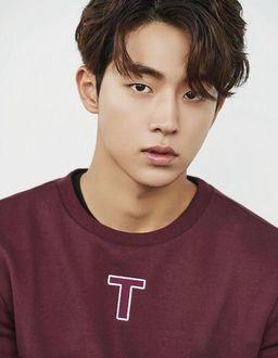 Фото Южнокорейский актер и модель Нам Чжу Хек / Nam Joo Hyuk / 남주혁