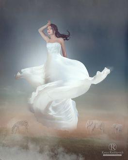 Фото Девушка в белом платье парит в воздухе, фотограф Katya Rashkevich