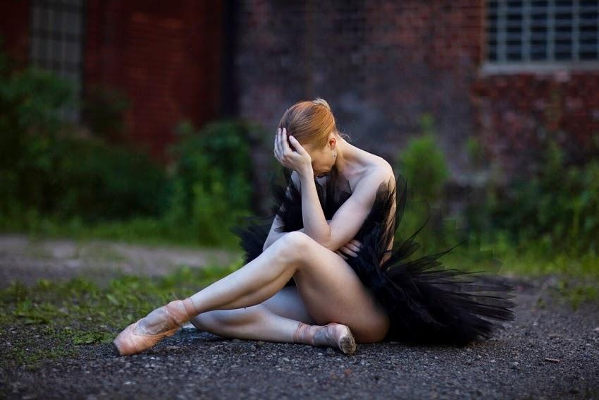 буквально минуту, балерина сидит фото аварию