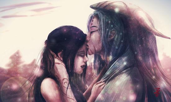 Фото Длинноволосый парень с маской на голове целует в лоб плачущую девушку, by KiJaein