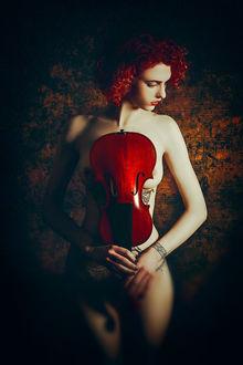 Фото Девушка со скрипкой в руках, фотограф Ruslan Bolgov / Руслан Болгов