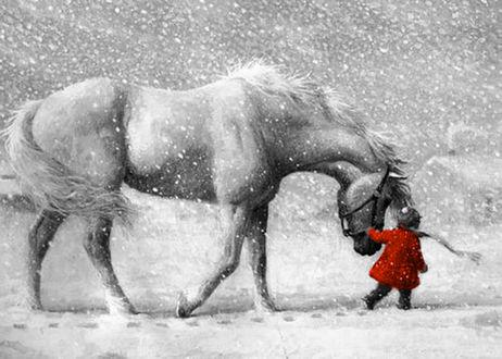 Фото Маленькая девочка ведет за уздечку лошадь в снежную метель