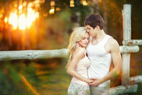 Фото Парень обнимает девушку, фотограф Ирина Недялкова -violetta1