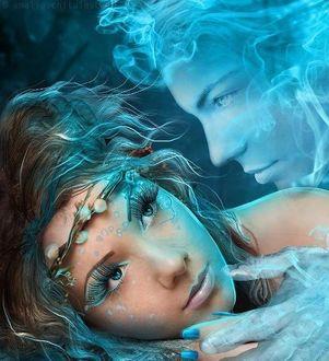 Фото К девушке наклонился призрак ее любимого парня, автор Amalia Chitulescu