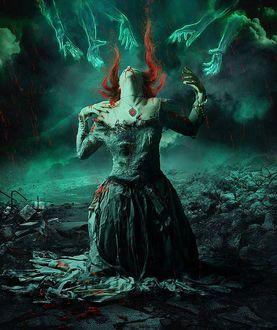 Фото Девушка запрокинув голову назад стоит на коленях на земле под кровавым дождем, by Alice