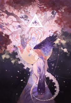 Фото Светловолосая девушка с фиолетовыми крыльями, со светящимся скелетом дракона, из которого проросли цветущие ветви сакуры, и треугольником над головой, art by Yelu