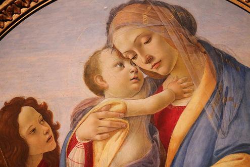 Фото Фрагмент картины Мадонна с младенцем / Virgin and Child with the Young. Художник Садро Боттичелли / Sandro Botticelli