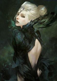 Фото Белокурая девушка в образе черного ворона с диадемой на голове с черепом, by skyzocat