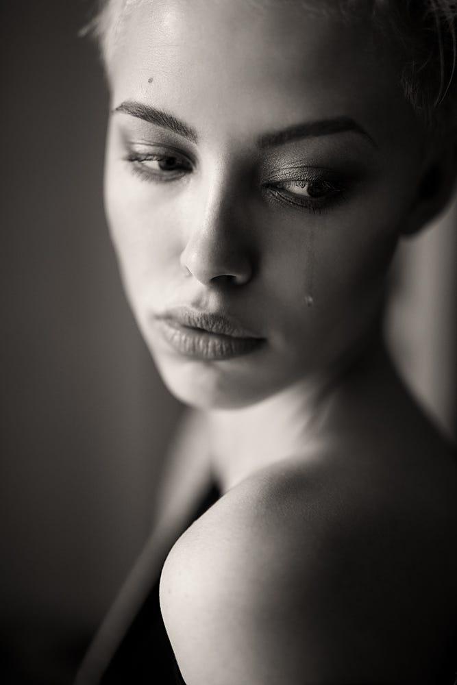 Фото Девушка со слезой на лице, фотограф Anastasia Buzova