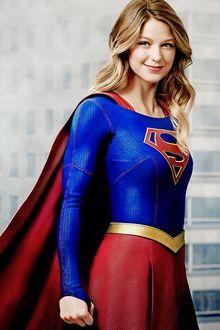 Фото Косплей Supergirl / Супердевушка