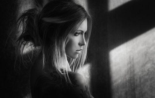 Фото Задумчивая девушка, фотограф Joachim Bergauer