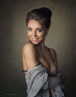 Фото Улыбающаяся модель Настя, фотограф Sean Archer