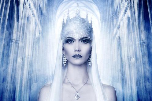 Фото Девушка в образе Снежной Королевы по сказке Г-Х Андерсена (© Margo Fly), добавлено: 20.03.2017 00:48