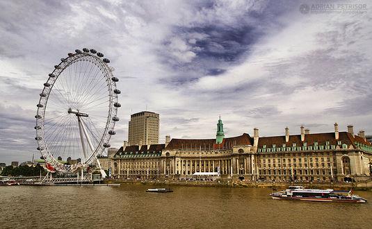 Фото Аттракцион колесо обозрения на набережной в Лондоне, by Adrian Petrisor