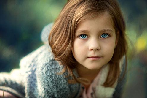 Фото Портрет красивой девочки с голубыми глазами. Фотограф Диана Аникеева