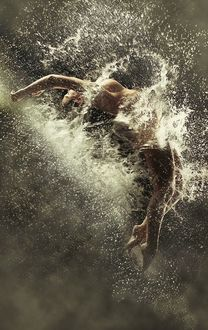 Фото Обнаженная девушка в воде