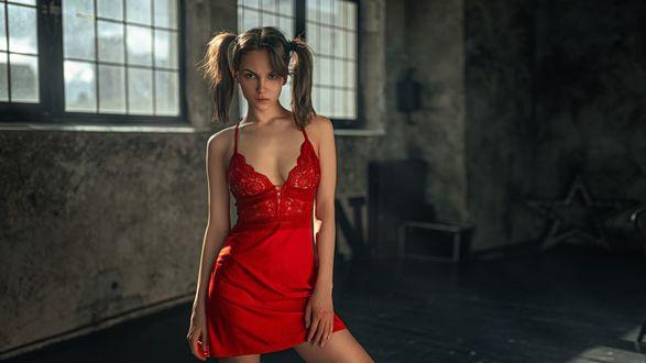 Фото Модель Маша в красном, фотограф Георгий Чернядьев