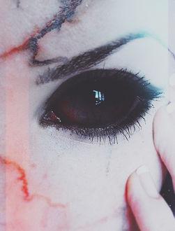 Фото Пустой черный демонический глаз девушки, by mikelzi