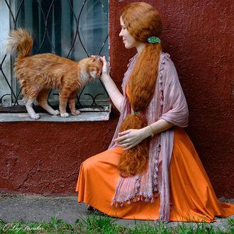 Фото Девушка гладит кошку, фотограф Олег Ванилар