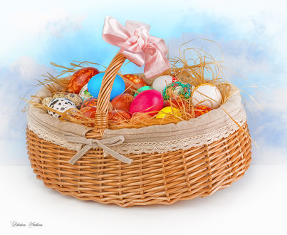 Фото Пасхальные яйца в корзинке с розовым бантом, фотограф Светлана Лебедева