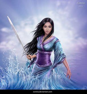 Фото Красивая темноволосая девушка с мечом в руке в воде, by Esmira-Art