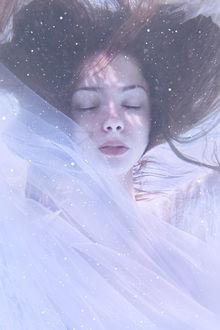 Фото Девушка под водой, фотограф Александра Маркварт