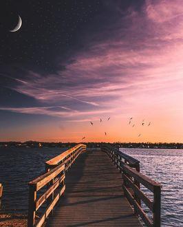 Фото Мост на море под вечерним небом