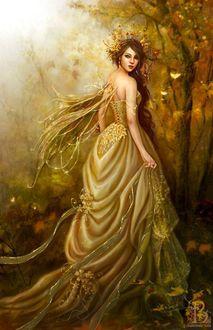 Фото Девушка в длинном платье, в короне. с крылышками в лесу, by josefa