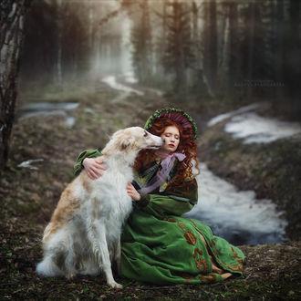 Фото Девушка рядом с собакой сидят на земле, фотограф Margarita Kareva
