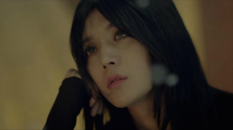 Фото Ren / Рен с длинными волосами из группы NUEST (New East), South Korea / Южная Корея