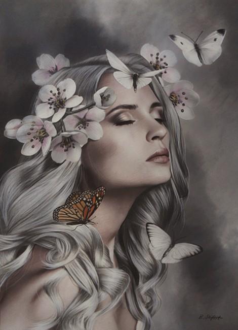 Фото Светловолосая девушка с закрытыми глазами с цветвми и бабочками, by Brita Seifert
