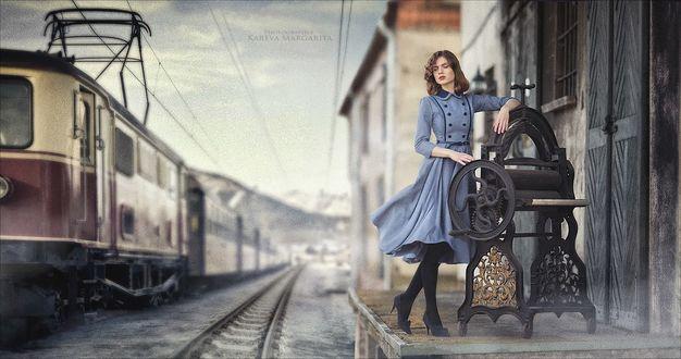 Фото Девушка стоит у железной дороги. Фотограф Margarita Kareva