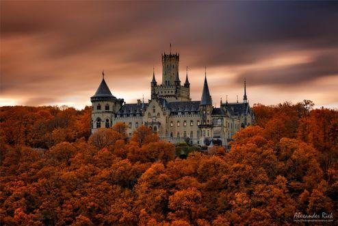 Фото Сказочный замок Marienburg in the North of Germany / Мариенбург на севере Германии. Фотограф Alexander Riek