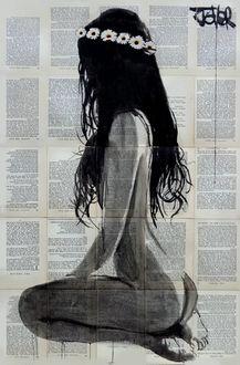 Фото Обнаженная девушка сидит на коленях с венком из ромашек на голове, автор Loui Jover / Луи Джовер